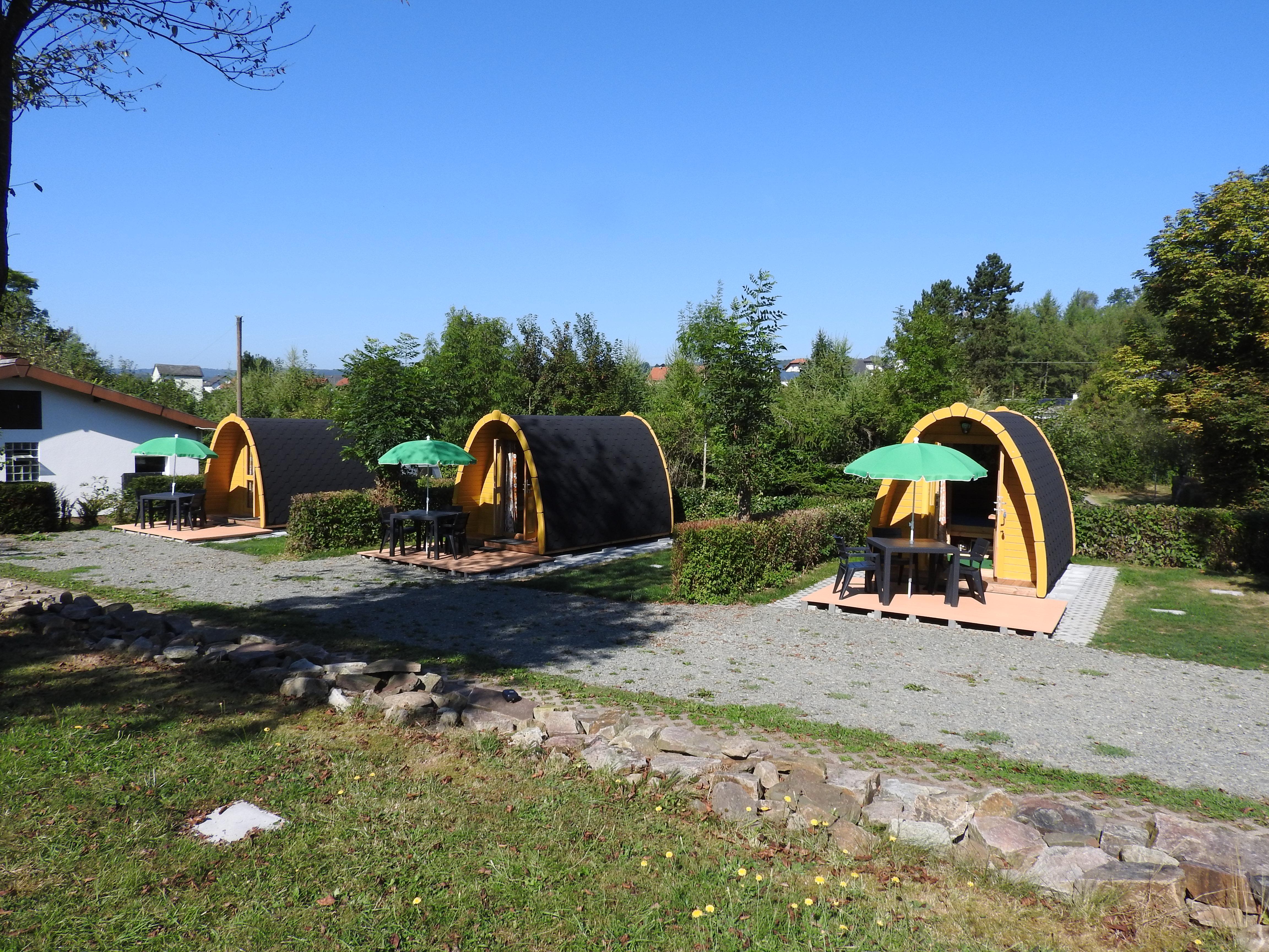 Zelt 2 Tote : Camping pod campingpark waldwiesen birkenfeld